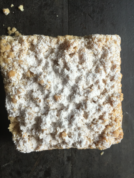 Crumbly Crumb Cake